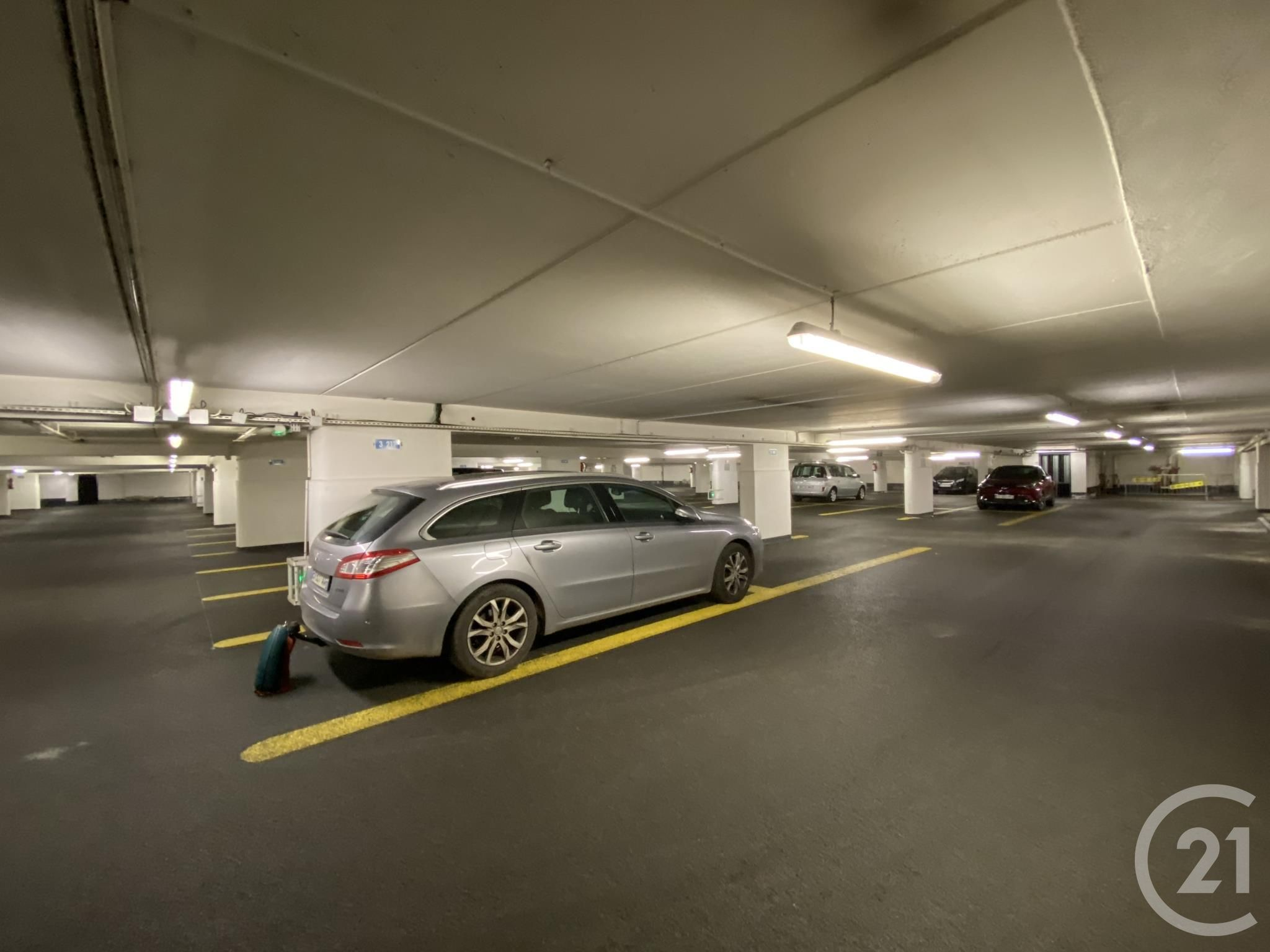 Parking à vendre - 12,0 m2 - PARIS - 75001 - ILE-DE-FRANCE